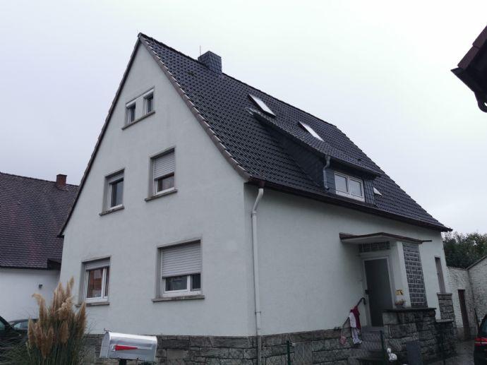 !! schickes Wohnhaus in Ruhiger Lage mit Wintergarten und großem Garten !!