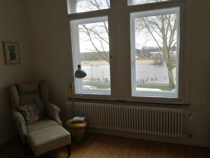 Wunderschöne lichtdurchflutete 4-Zimmer-Altbau-Wohnung mit Balkon und Einbauküche am Osterdeich sucht ab 15.03. einen Nachmieter