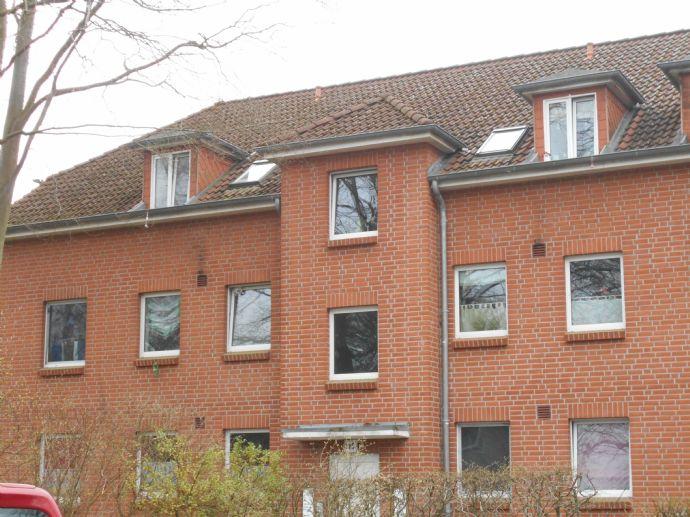 3 Zimmer Wohnung im DG nur mit WBS zu vermieten