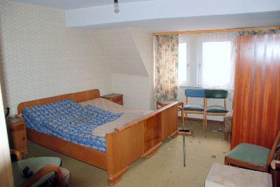 Schlafzimmer im teilweise ausgebauten DG