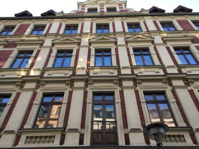 Charmante Altbauwohnung - 3-Zimmer - bezugsfrei - Stellplatz inklusive
