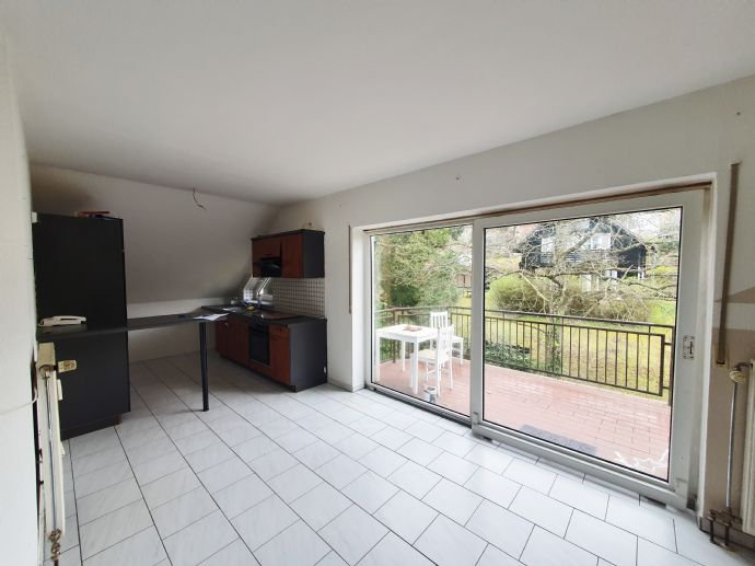3 ZKB Dachgeschosswohnung mit Balkon