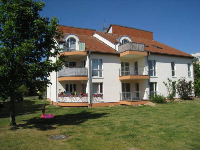 Moderne Wohnung mit Balkon, schöner Ausblick