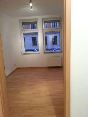gem tliche 60 qm wohnung 3 zimmer mit balkon eg. Black Bedroom Furniture Sets. Home Design Ideas