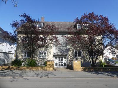 Schöne voll möblierte 3-Zimmer Dachgeschoßwohnung in Darmstadt-Eberstadt zu vermieten