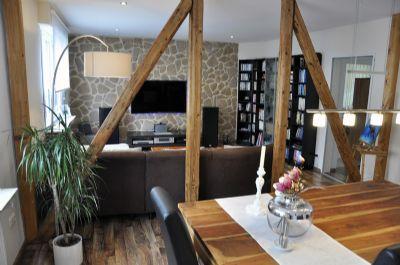 Moderne 3Zi-Wohnung, große Dachterrasse/Balkon, INTERNET & W-LAN vorhanden!