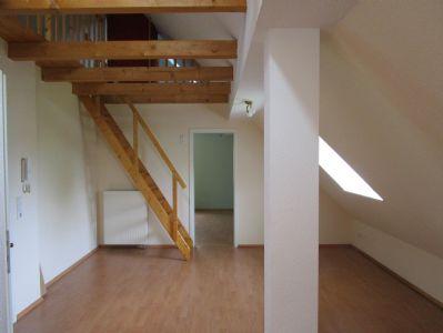 Helle Dachgeschosswohnung in Werl- Büderich zu vermieten