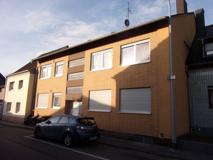 Renovierte  2 - Zimmer - Wohnung für dynamische Berufstätige