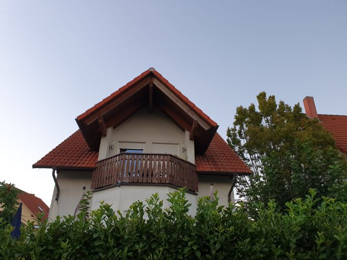 ALL-IN-1 / ALL-in-ONE!!! Kleines Dach-Appartement - Große Ausstattung