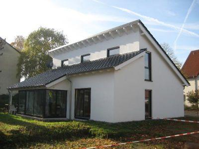 modernes wohnen auf einer ebene mit s dwestgarten in vlotho winterberg einfamilienhaus vlotho. Black Bedroom Furniture Sets. Home Design Ideas