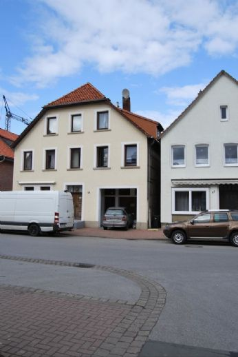 Mehrfamilienhaus im Ortskern von Rodenberg
