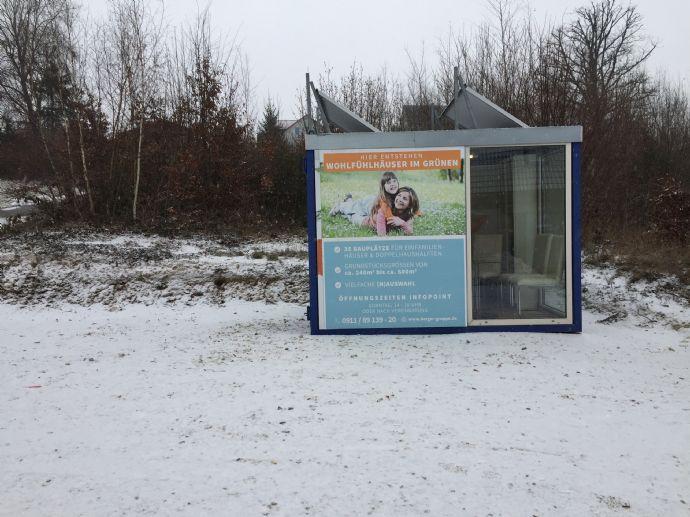 Voll erschlossenes Baugrundstück für EFH in Burgthann
