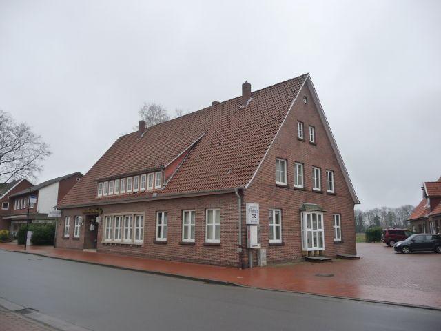 Gaststätte mit Fremdenzimmern und Saal in zentraler Lage