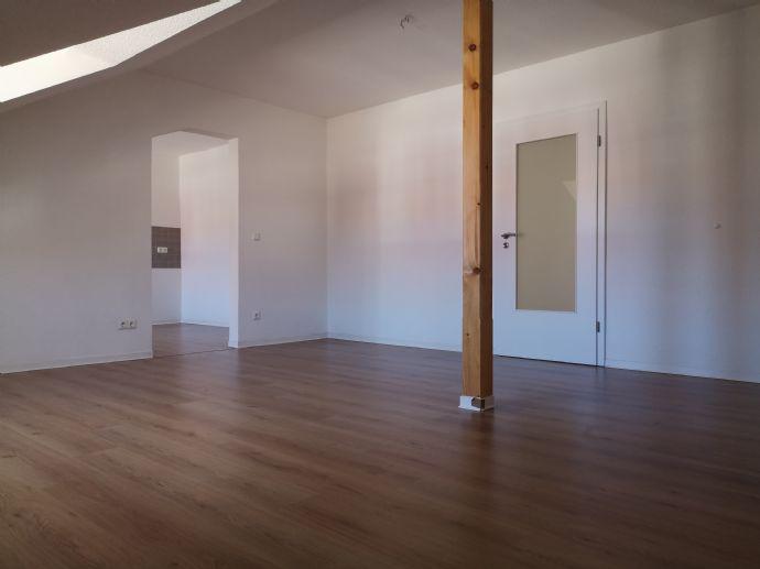 modern Wohnen in toller 3 Raum Wohnung  im sanierten Altbau