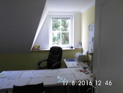 Büroraum/Kinderzimmer in Dachgeschoss