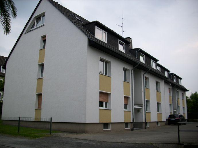 Nähe SÜDPARK ~ 3,5-R.Whg. mit SÜD-Balkon/Loggia + Garage ~ GAShzg.