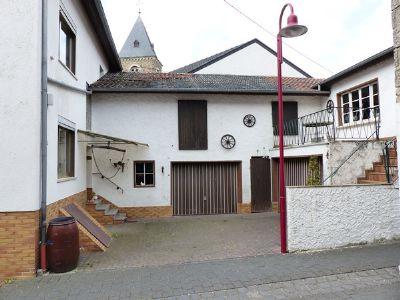 Zufahrt Hof