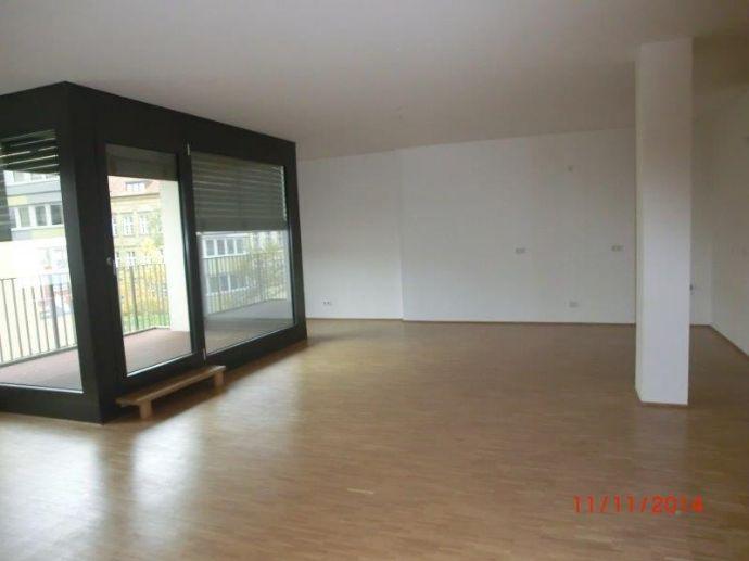 Barrierefreie, hochwertige 3-Zi. Wohnung - Schweinfurt Innenstadt