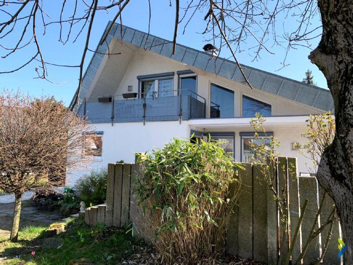 wunderschönes Einfamilienhaus mit Doppelgarage auf tollem Grundstück