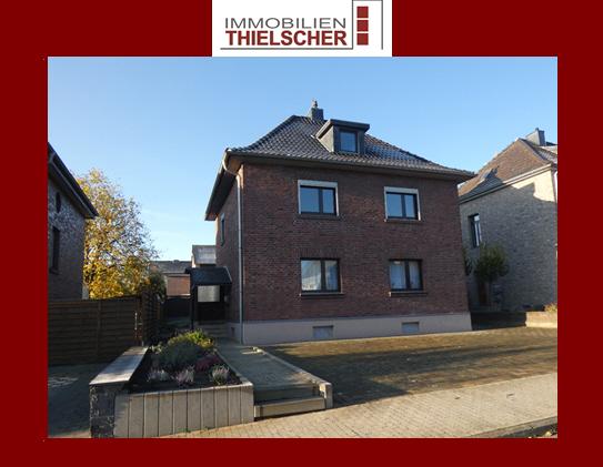 Großes Ein- bis Zweifamilienhaus mit Garten und Garage in Übach-Palenberg
