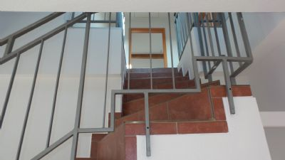 Treppenaufgang zur 2. Ebene