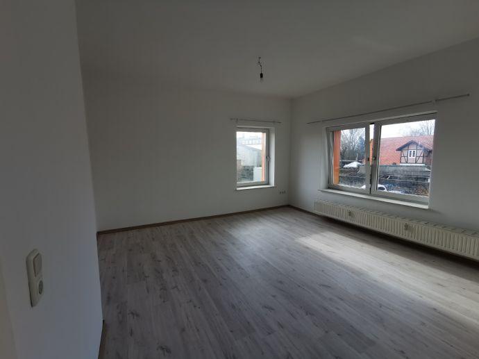 2-Zimmer **INNENSTADTnähe** frisch renoviert