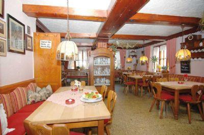 Stilvoll gestaltete Gasträume