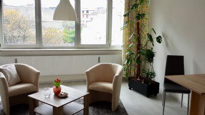 Kurzaufenthalt in möbliertem, hellem Appartement mitten in der City, 60€ pro Tag