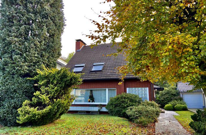 Freistehendes sehr ruhig gelegenes Einfamilienhaus mit Terasse, Garten und Garage in Grafenwald