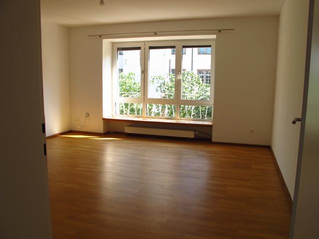 Sonniges Wohnen im Grünen mitten in der Stadt drei Zimmer Wohnung (teilmöbliert) Darmstadt-Mitte