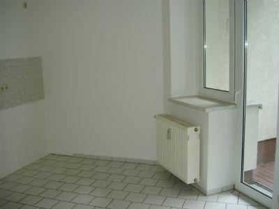 Wohnküche / Balkonzugang
