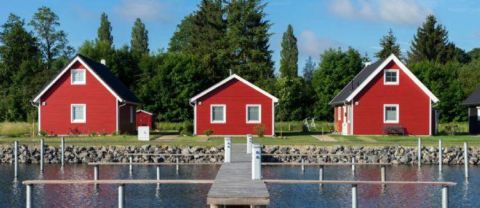 Ihr Ferienhaus zwischen Wiese und Wasser direkt am Hafen