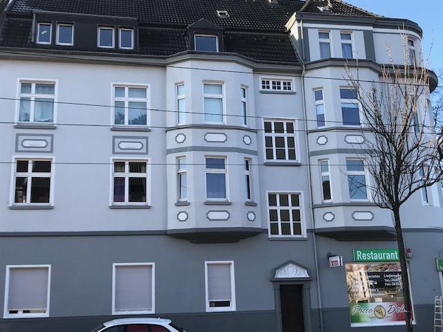 Großzügige renovierte 3-Raum Altbauwohnung in verkehrsgünstiger Lage ab 01.07.21 in Altenessen-SÃ