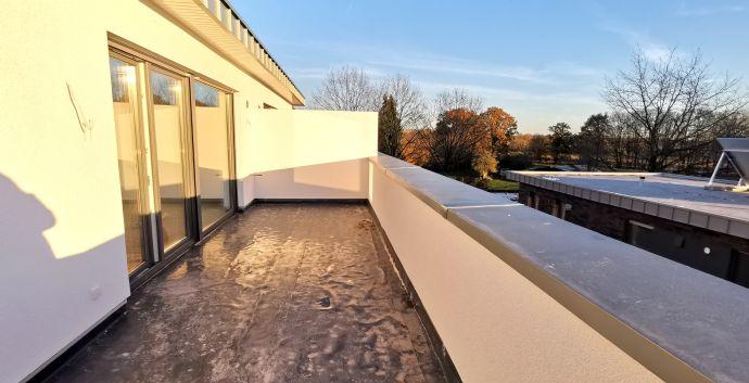 Hochwertige Penthouse-Wohnung mit Dachterrasse in Süd-West-Ausrichtung! Erstbezug!