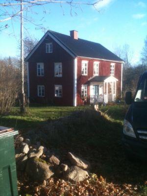 schwedenhaus in vimmerby mit badetonne brunnen 2. Black Bedroom Furniture Sets. Home Design Ideas