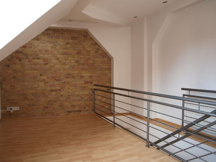 Dachgeschoss-Maisonette in bester Lage der Berliner City / West
