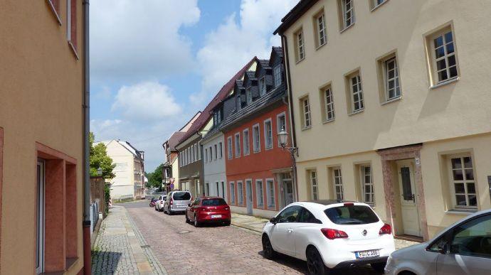 2 Häuser – 4 WE – 320 qm Wohnfläche vollsaniert