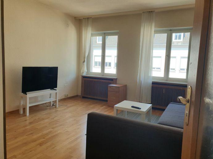 Saarlouis - möbilierte Wohnung mit Balkon