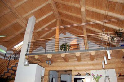 Attraktives wohnen in einem holzhaus einfamilienhaus frick for Holzhaus modern innen