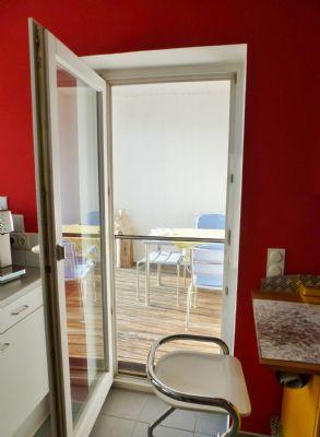Zugang v. Küche zur Loggia