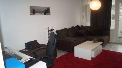 Vollmöblierte Wohnung mit Balkon und Einbauküche in Frankfurt am Main