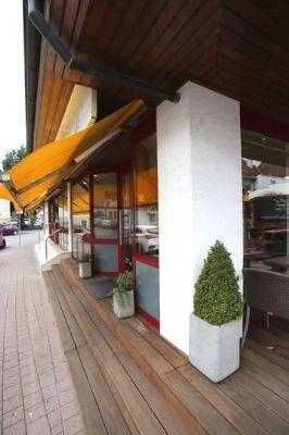 Eingang Café-Bistro
