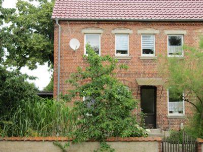 Eingang der Mietwohnung von der Hofseite