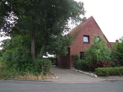 27432 Bremervörde / Raum Stade: Gepflegtes Haus mit großem Garten