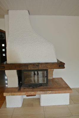 EG: Kassettenkamin im Wohnraum