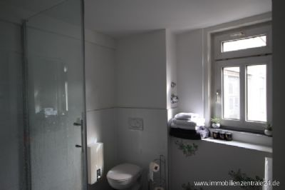 Tageslicht Bad mit Dusche