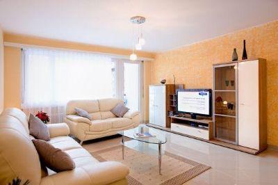 dies ist eine helle elegante und komfortable wohnung etagenwohnung hannover 2a8xr4a. Black Bedroom Furniture Sets. Home Design Ideas