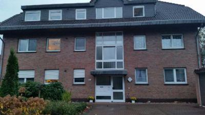 Helle Dachgeschosswohnung auf zwei Ebenen mit großem Balkon zu verkaufen
