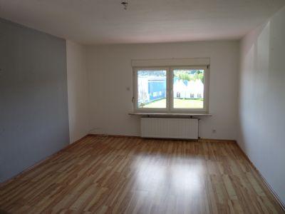gro z gige 6 zimmerwohnung auf 2 etagen 50qm terrasse gro er hobbyraum familienfreundlich. Black Bedroom Furniture Sets. Home Design Ideas