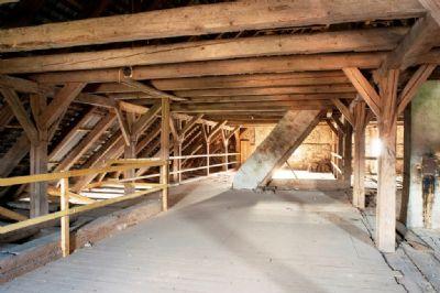 Fantastischer Dachboden für flexible Nutzung